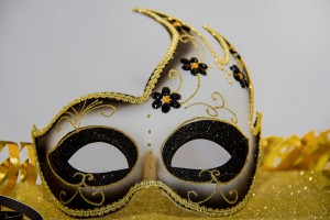 carnival-3075872_1280